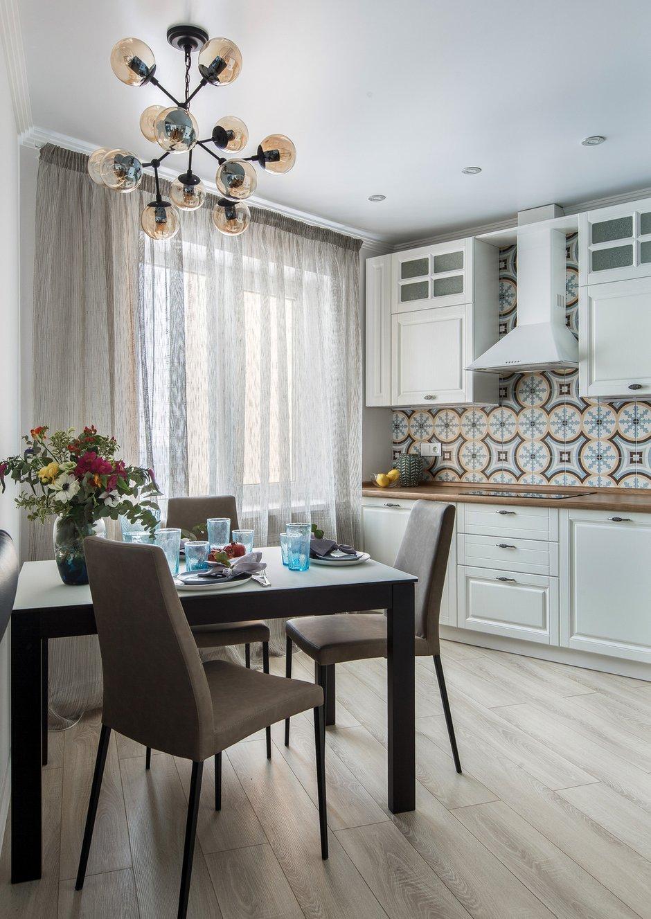 Фотография: Кухня и столовая в стиле Современный, Квартира, Проект недели, Монолитный дом, 3 комнаты, 60-90 метров, Саратов, Quadrum Studio – фото на INMYROOM