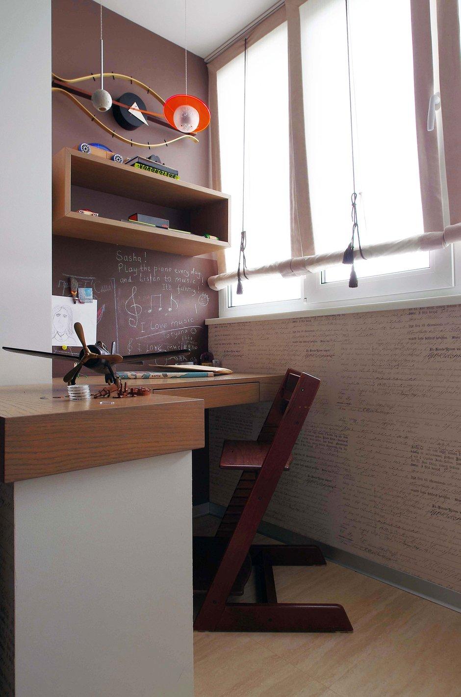 Фотография: Кабинет в стиле Лофт, Современный, Квартира, Проект недели, Москва, Панельный дом, Светлана Бородулина, 2 комнаты, 60-90 метров – фото на INMYROOM
