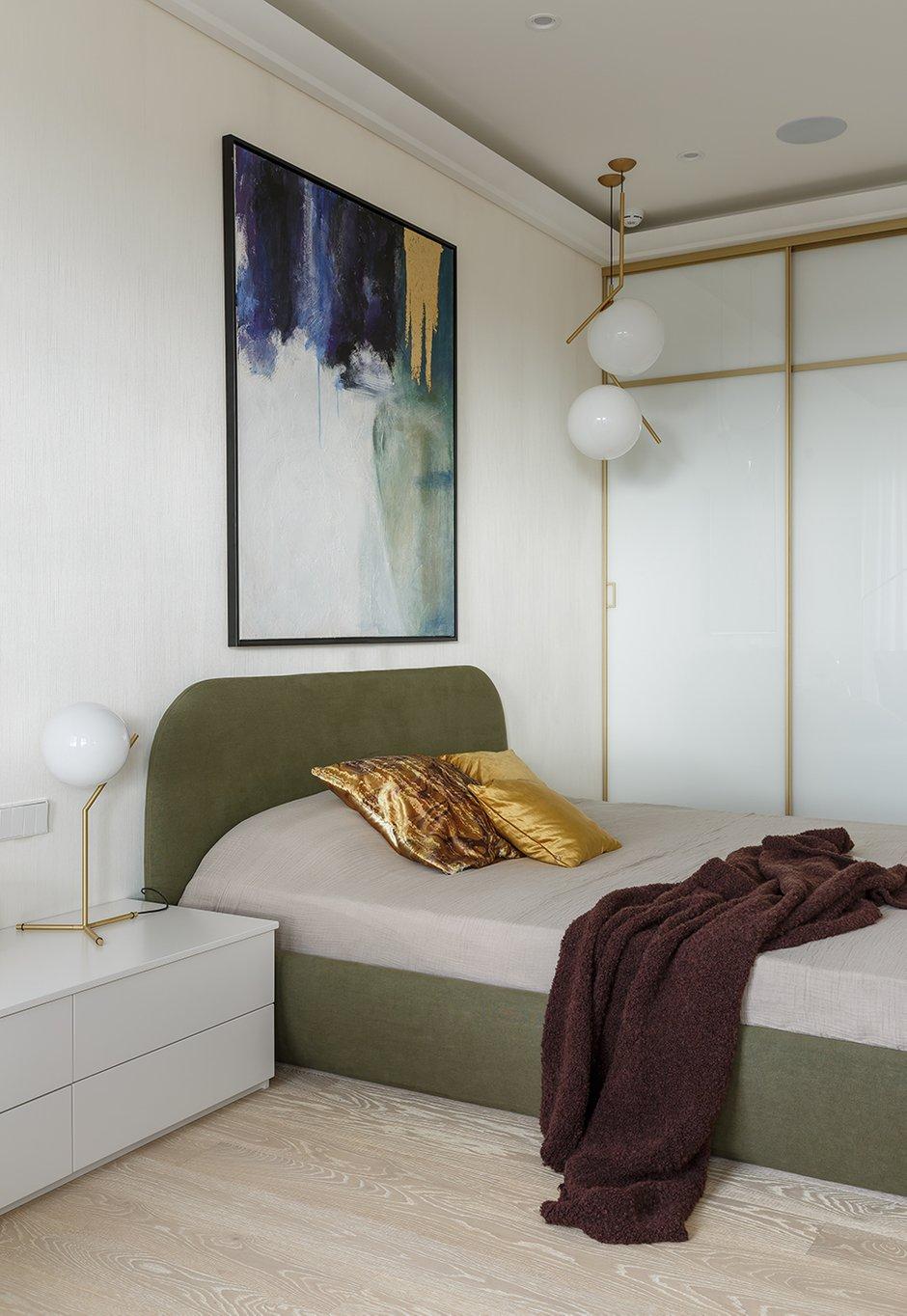 Фотография: Спальня в стиле Современный, Классический, Квартира, Проект недели, Санкт-Петербург, 3 комнаты, 60-90 метров, Кирилл Пономаренко – фото на INMYROOM