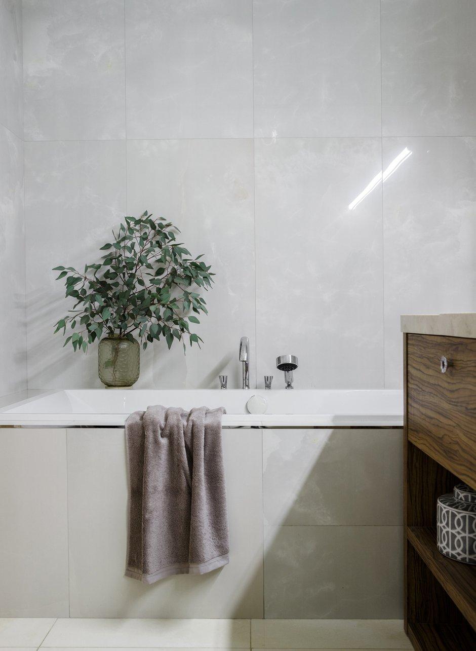 Фотография: Ванная в стиле Современный, Эклектика, Квартира, Проект недели, Москва, 3 комнаты, Более 90 метров, Наталья Наумова – фото на INMYROOM