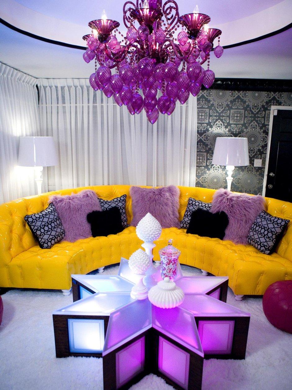Фотография: Гостиная в стиле Эклектика, Декор интерьера, Мебель и свет, Советы – фото на INMYROOM