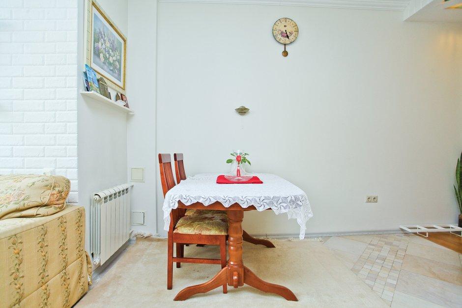 Фотография: Кухня и столовая в стиле Прованс и Кантри, Скандинавский, Квартира, Дома и квартиры – фото на INMYROOM