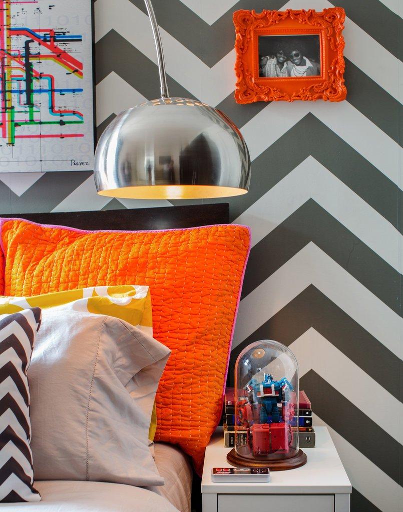 Фотография: Спальня в стиле Классический, Современный, Эклектика, Декор интерьера, Квартира, Дом, Цвет в интерьере, Дома и квартиры – фото на INMYROOM