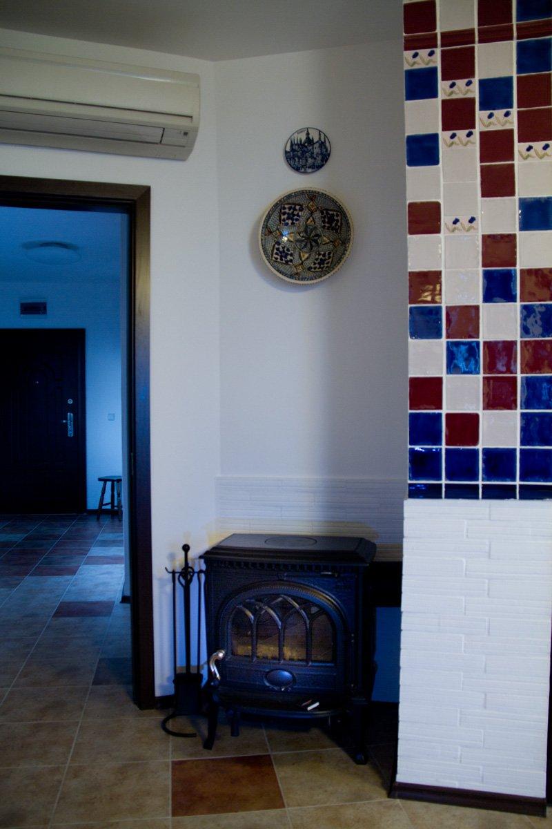 Фотография:  в стиле , Декор интерьера, Квартира, Цвет в интерьере, Дома и квартиры, Стены – фото на INMYROOM