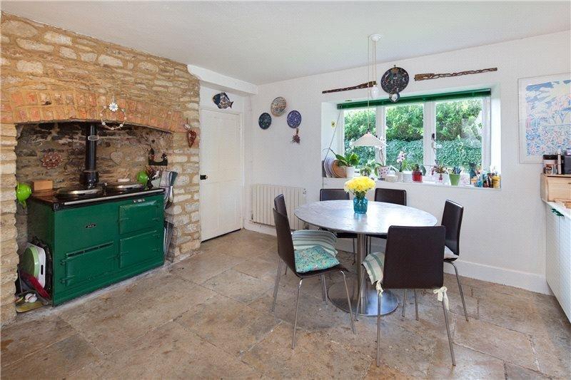 Фотография: Кухня и столовая в стиле Прованс и Кантри, Дом, Дома и квартиры – фото на INMYROOM