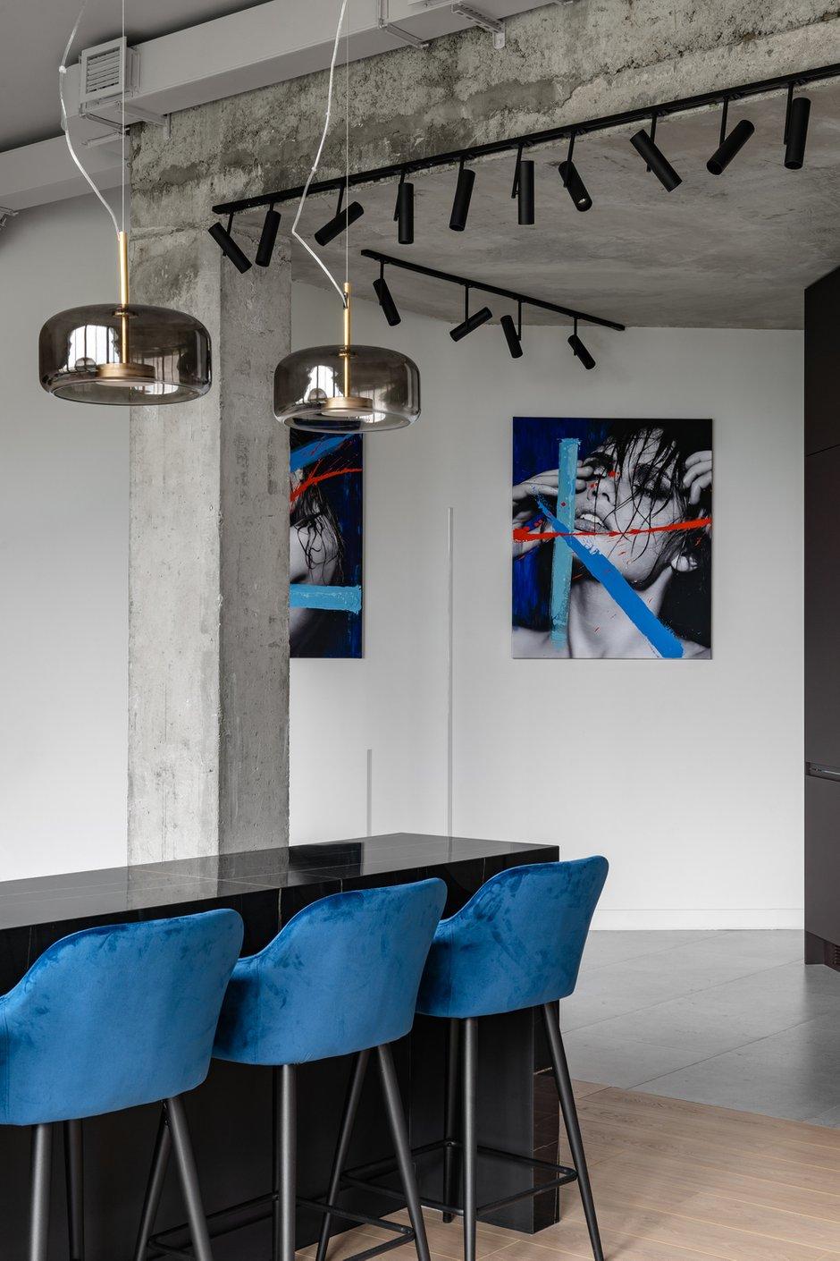 Фотография:  в стиле , Лофт, Современный, Квартира, Проект недели, Санкт-Петербург, 2 комнаты, Более 90 метров, Юлия Журович, Лейла Махир – фото на INMYROOM