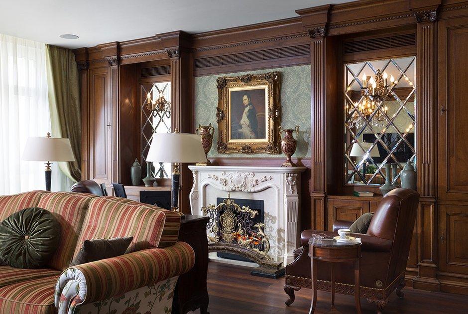 Фотография: Гостиная в стиле Классический, Квартира, Дома и квартиры, Пентхаус – фото на INMYROOM