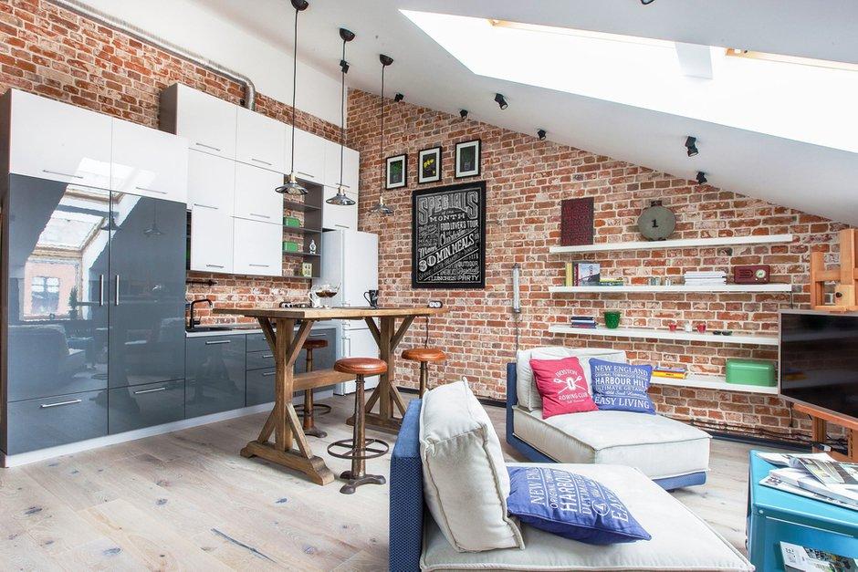 Фотография: Гостиная в стиле Лофт, Квартира, Дома и квартиры – фото на INMYROOM
