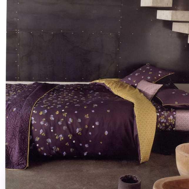 Фотография: Спальня в стиле Современный, Декор интерьера, Дизайн интерьера, Цвет в интерьере, Серый – фото на INMYROOM