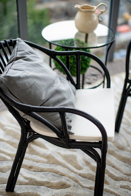 Фотография: Мебель и свет в стиле Современный, Классический, Квартира, Проект недели, Челябинск, Монолитный дом, 4 и больше, Более 90 метров, Надия Кисельникова – фото на INMYROOM
