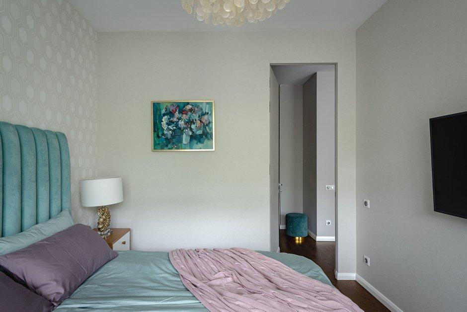 Фотография: Спальня в стиле Современный, Квартира, Крым, Проект недели, 2 комнаты, 40-60 метров, Ялта, Анастасия Чумак – фото на INMYROOM