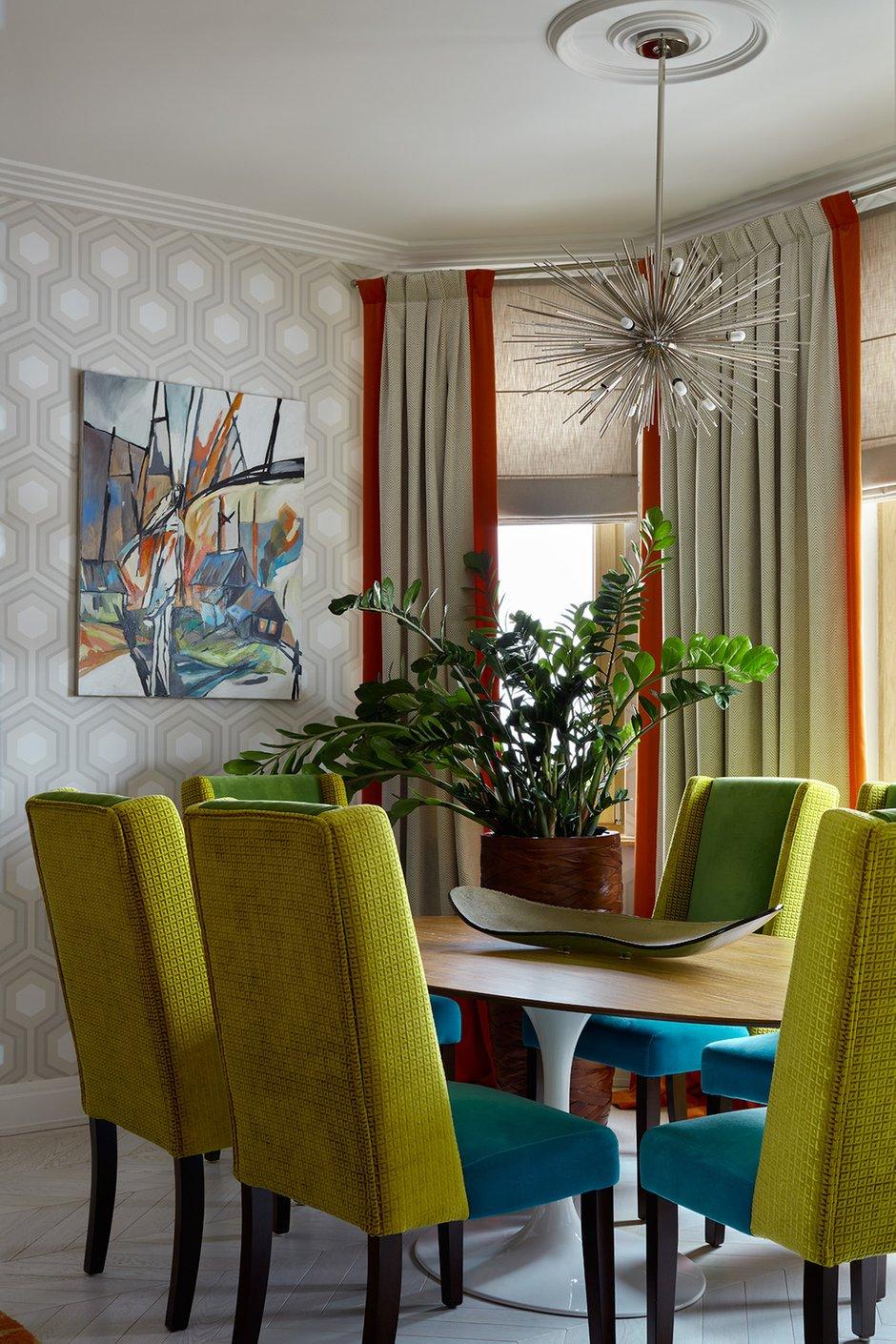 Фотография: Кухня и столовая в стиле Эклектика, Квартира, Проект недели, Москва, 4 и больше, Более 90 метров, Монолитно-кирпичный, Марина Жукова – фото на INMYROOM