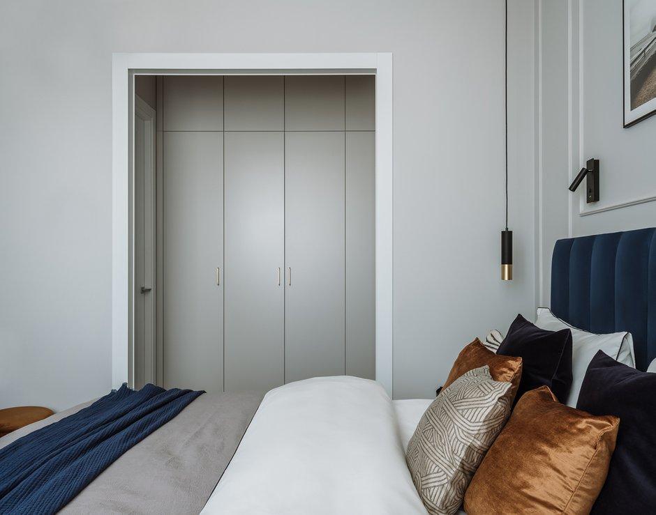 Фотография: Спальня в стиле Современный, Квартира, Проект недели, Москва, 2 комнаты, 40-60 метров, Ксения Коновалова – фото на INMYROOM