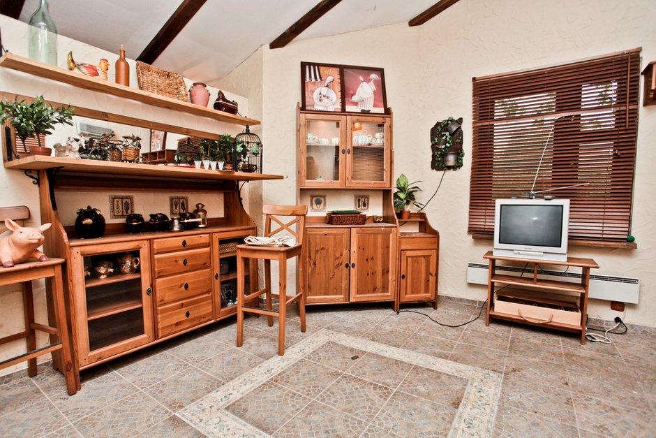 Фотография: Кухня и столовая в стиле Прованс и Кантри, Современный, Дом, Дома и квартиры – фото на INMYROOM