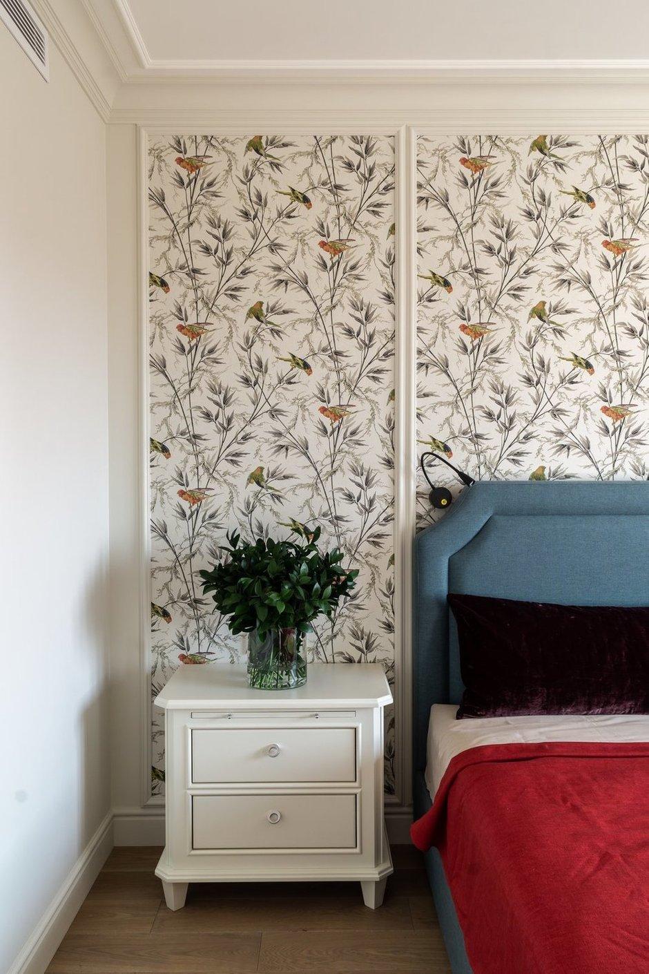 Фотография: Спальня в стиле Классический, Современный, Квартира, Белый, Проект недели, Москва, Бежевый, 3 комнаты, Более 90 метров, Кристина Изотова – фото на INMYROOM