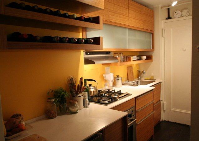 Фотография: Кухня и столовая в стиле Современный, Декор интерьера, Малогабаритная квартира, Квартира, Дома и квартиры – фото на INMYROOM
