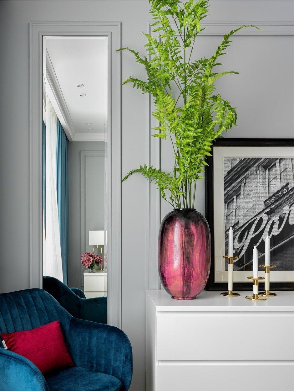 Фотография: Спальня в стиле Современный, Классический, Квартира, Проект недели, Москва, 2 комнаты, 3 комнаты, 60-90 метров, Монолитно-кирпичный – фото на INMYROOM