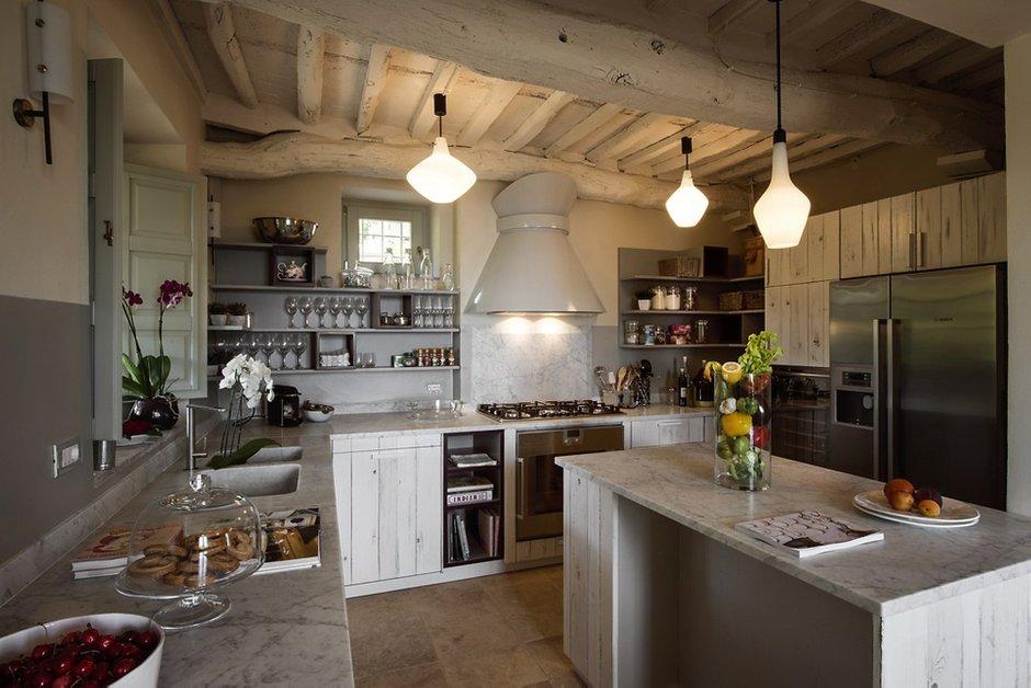 Фотография: Кухня и столовая в стиле Прованс и Кантри, Современный, Дом, Дома и квартиры, Прованс – фото на INMYROOM