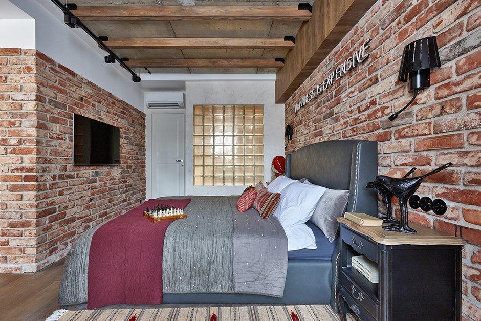 Фотография: Спальня в стиле Лофт, Квартира, Проект недели, Москва, Ольга Райская, Монолитный дом, 2 комнаты, 60-90 метров – фото на InMyRoom.ru