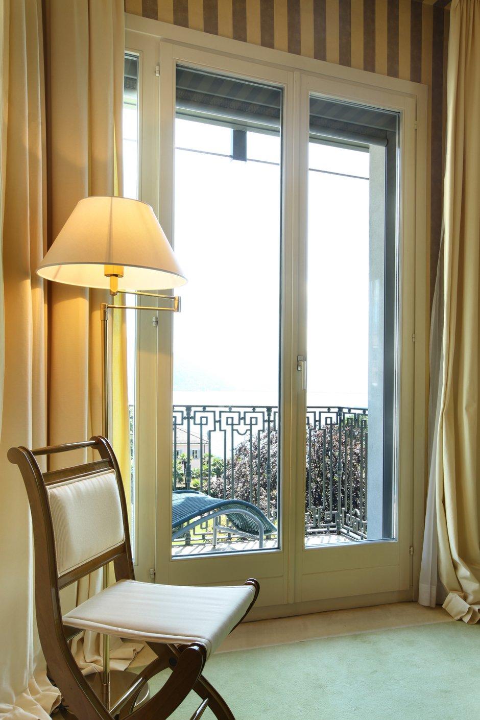 Фотография: Мебель и свет в стиле Классический, Современный, Декор интерьера, Кресло – фото на INMYROOM