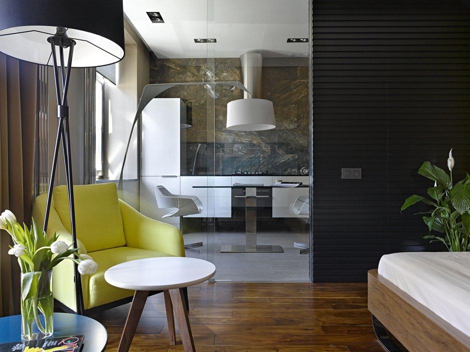 Фотография: Гостиная в стиле Эко, Современный, Малогабаритная квартира, Квартира – фото на INMYROOM