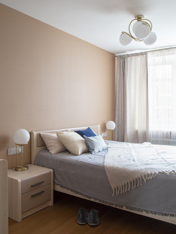 Фотография: Спальня в стиле Современный, Квартира, Проект недели, Санкт-Петербург, Кирпичный дом, 3 комнаты, 40-60 метров, Елена Пылина – фото на INMYROOM