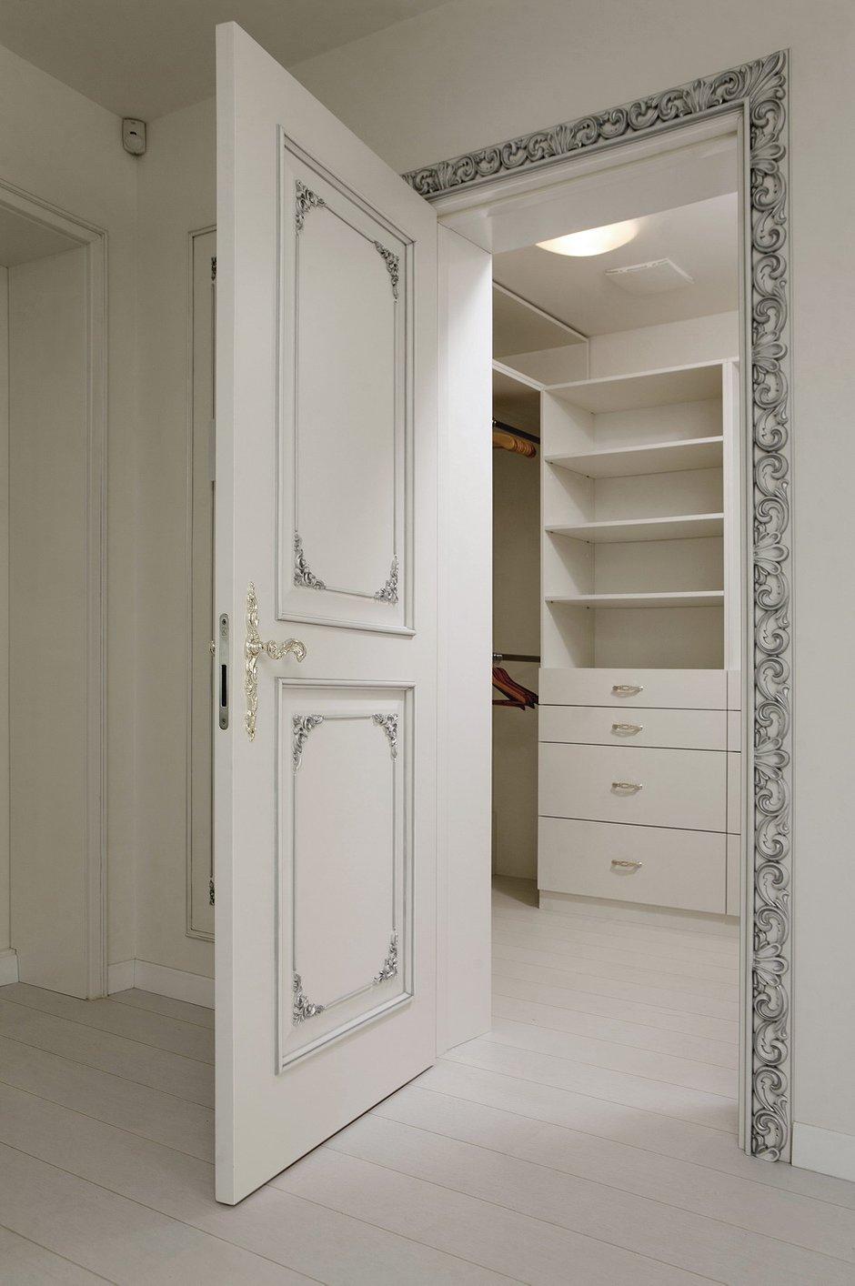 Фотография: Прихожая в стиле Классический, Квартира, Дома и квартиры – фото на INMYROOM