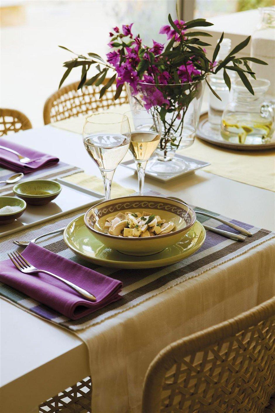 Фотография: Кухня и столовая в стиле Прованс и Кантри, Классический, Современный, Декор интерьера, Дом, Испания, Дома и квартиры, Бунгало – фото на INMYROOM