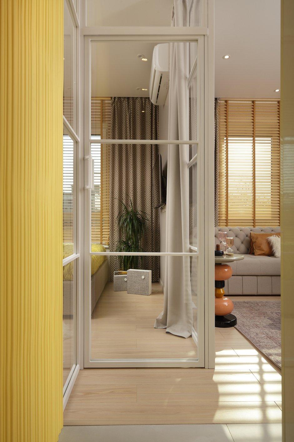 Фотография: Прихожая в стиле Современный, Малогабаритная квартира, Квартира, Проект недели, Москва, 1 комната, до 40 метров, Своя атмосфера – фото на INMYROOM