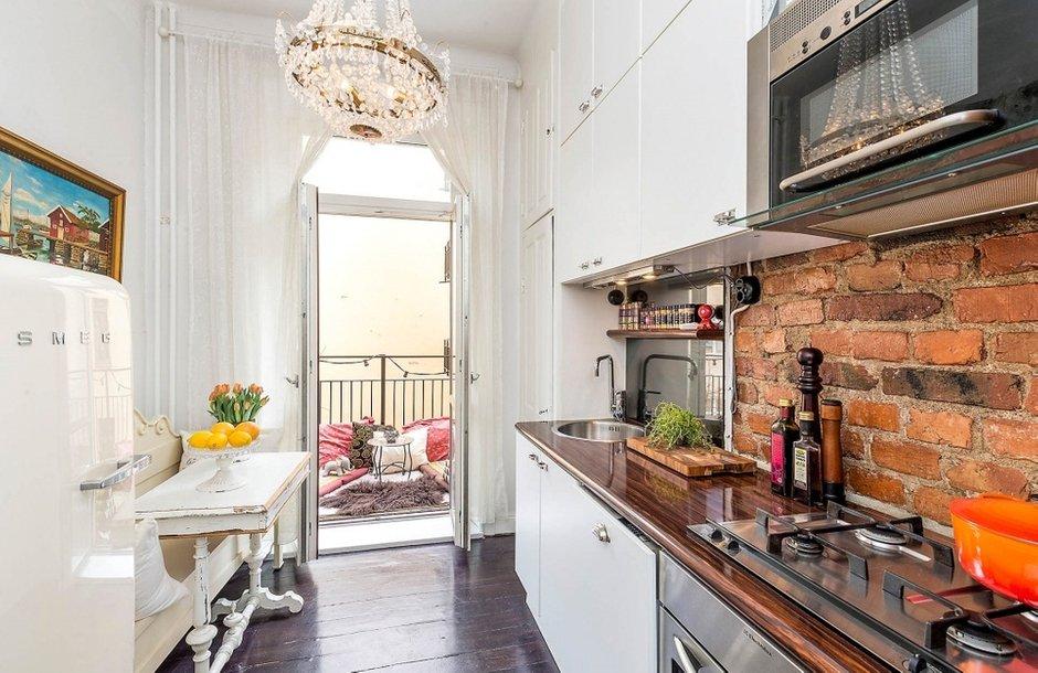 Фотография: Кухня и столовая в стиле , Скандинавский, Малогабаритная квартира, Квартира, Швеция, Дома и квартиры, Стена – фото на INMYROOM