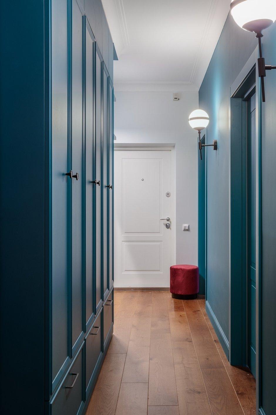 Фотография: Прихожая в стиле Эклектика, Квартира, Проект недели, Москва, 3 комнаты, 60-90 метров, Валерия Шиманская – фото на INMYROOM