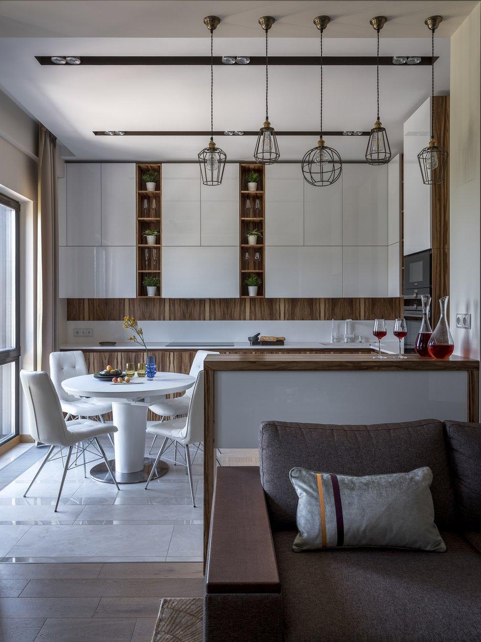 Фотография: Кухня и столовая в стиле Современный, Квартира, Проект недели, Лидия Большакова, Новогорск, 4 и больше, Более 90 метров – фото на INMYROOM