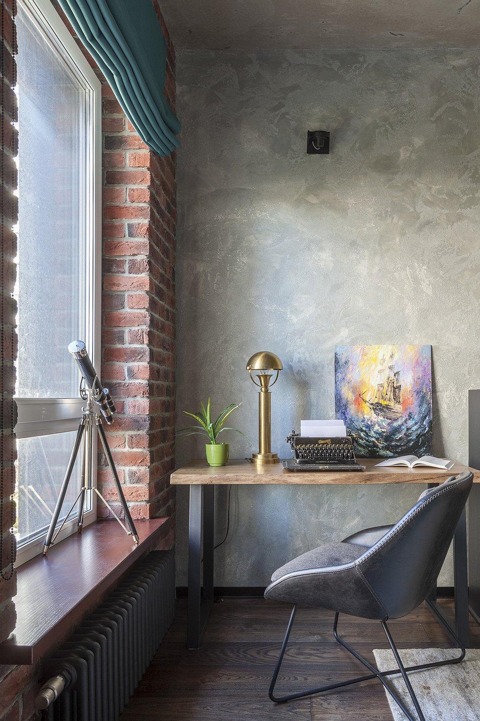Фотография: Кабинет в стиле Лофт, Квартира, Проект недели, Москва, Ирина Большакова, 2 комнаты, 60-90 метров, Монолитно-кирпичный – фото на INMYROOM