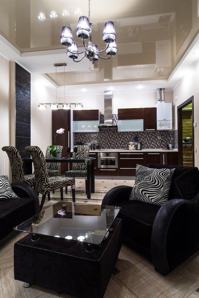 Фотография: Гостиная в стиле Современный, Декор интерьера, Малогабаритная квартира, Квартира, Декор дома, Переделка, Ар-деко – фото на INMYROOM