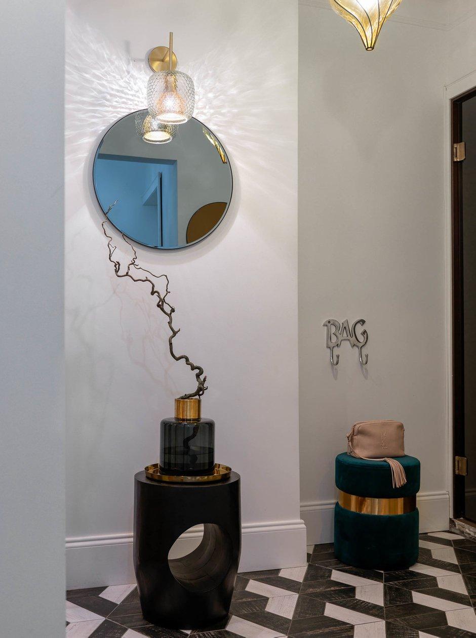 Фотография: Прихожая в стиле Эклектика, Проект недели, Москва, П-55, Панельный дом, 4 и больше, 60-90 метров, Олеся Бернштейн – фото на INMYROOM