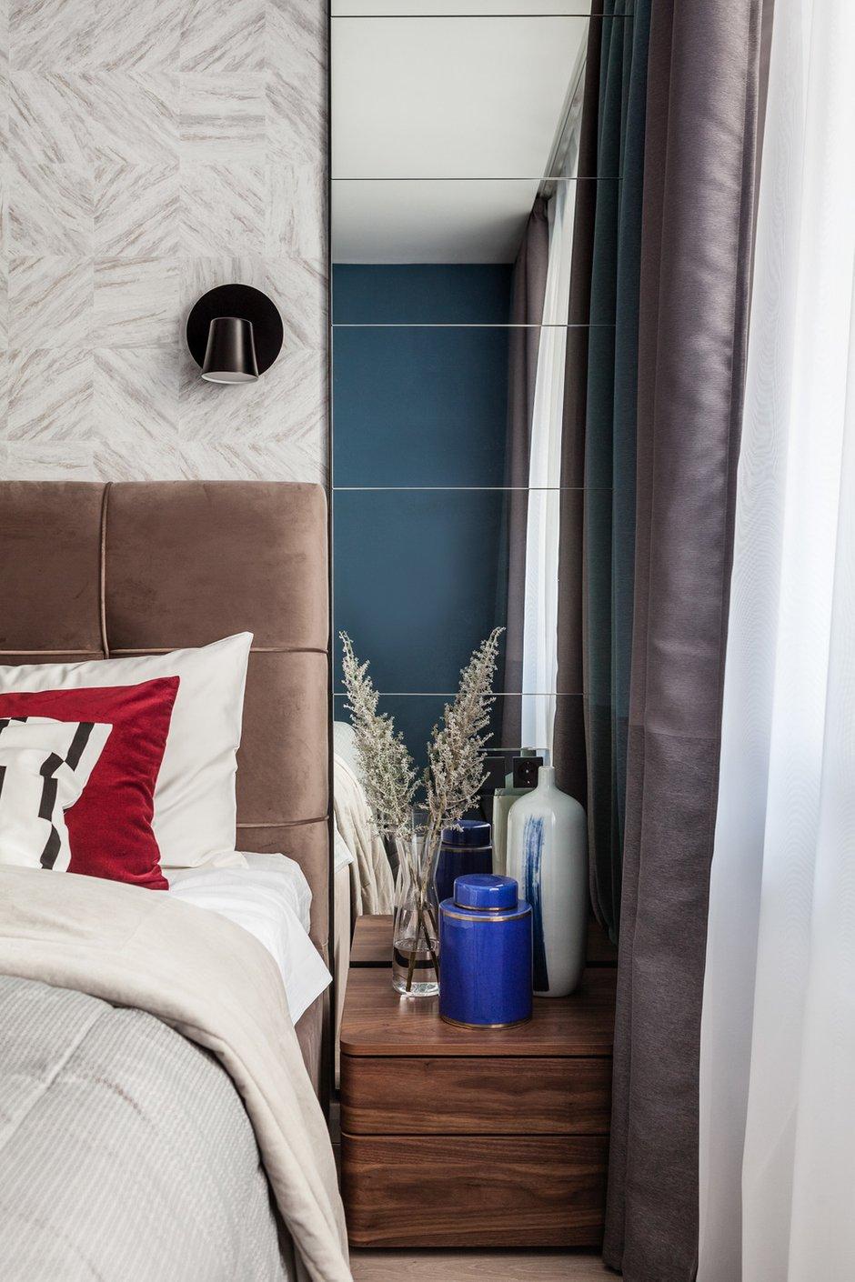 Фотография: Спальня в стиле Современный, Квартира, Проект недели, Москва, 2 комнаты, 40-60 метров, Юлия Беляева, YU design, Юлия Галкина – фото на INMYROOM