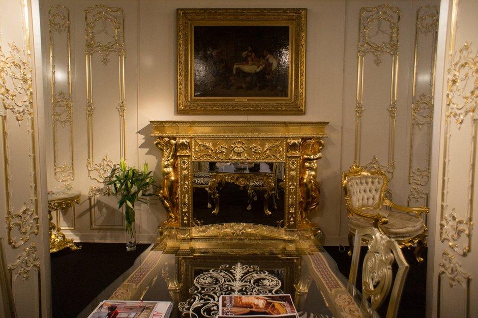 Фотография: Гостиная в стиле Классический, Индустрия, События, Kartell, iSaloni – фото на INMYROOM