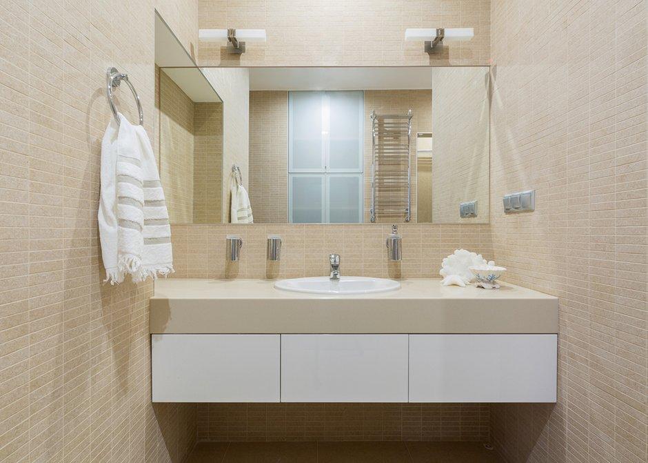 Фотография: Ванная в стиле Современный, Эклектика, Квартира, Проект недели, Москва, Кирпичный дом, 2 комнаты, 40-60 метров, ZE-MOOV – фото на INMYROOM