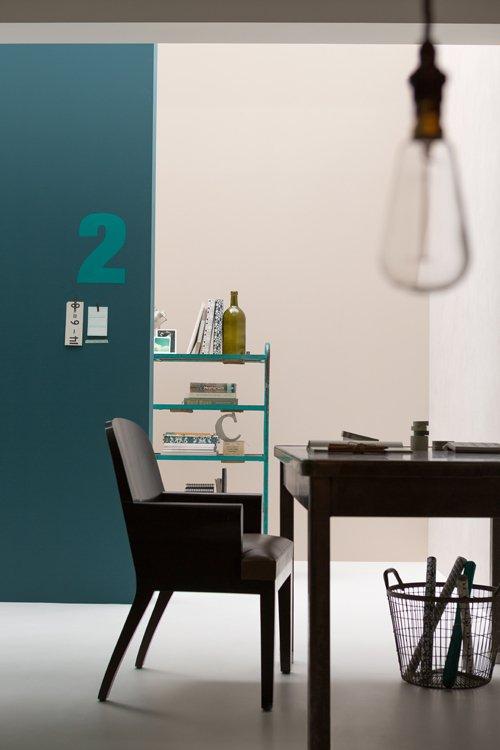 Фотография: Гостиная в стиле Лофт, Декор интерьера, Дизайн интерьера, Цвет в интерьере, Советы, Dulux, Серый – фото на INMYROOM