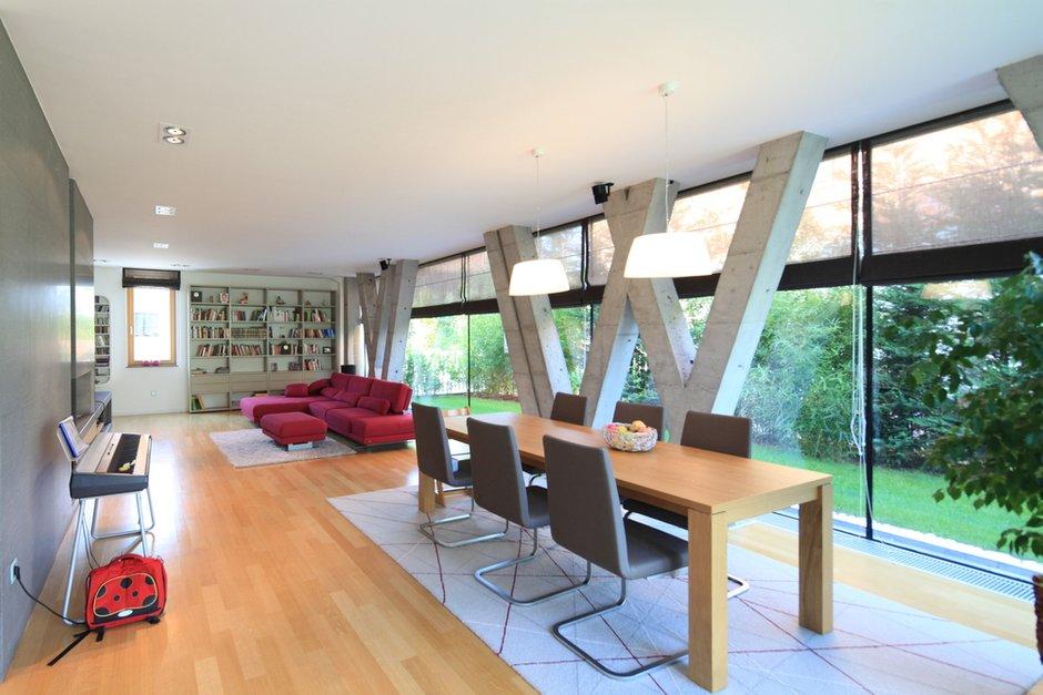 Фотография: Офис в стиле Современный, Декор интерьера, Декор дома, Советы, Большие окна, Панорамные окна – фото на INMYROOM
