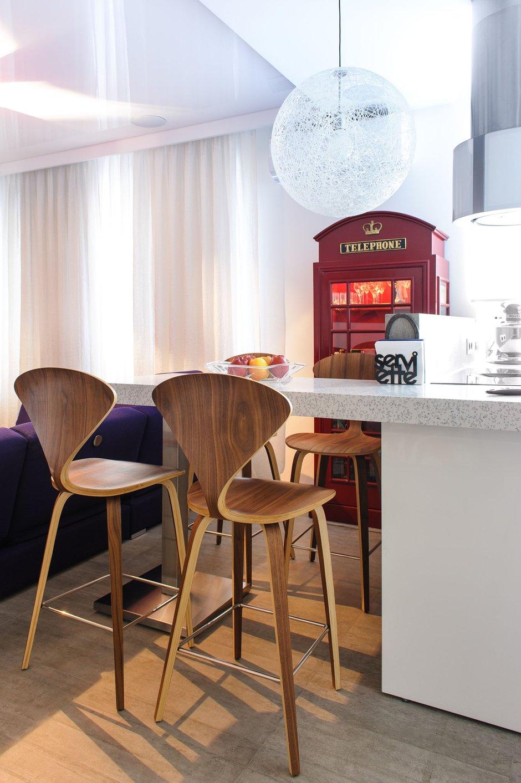 Фотография: Кухня и столовая в стиле Лофт, Квартира, Дома и квартиры, Проект недели, Поп-арт – фото на INMYROOM