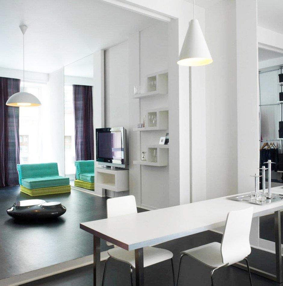 Фотография: Мебель и свет в стиле Современный, Квартира, Цвет в интерьере, Дома и квартиры, Белый – фото на INMYROOM