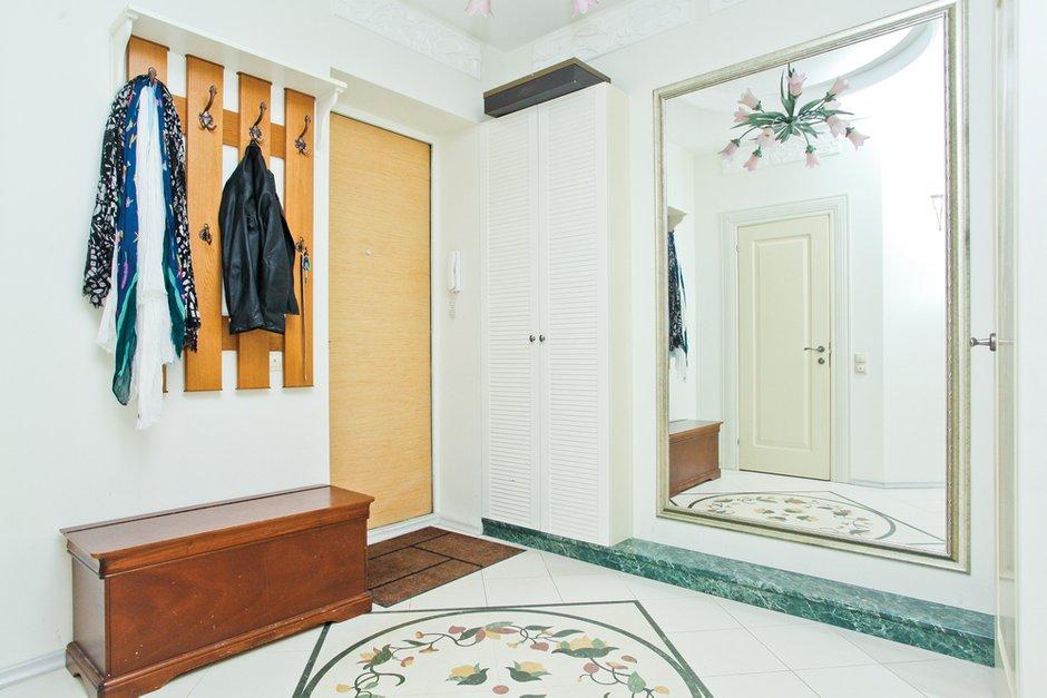 Фотография: Прихожая в стиле Прованс и Кантри, Квартира, Дома и квартиры – фото на INMYROOM