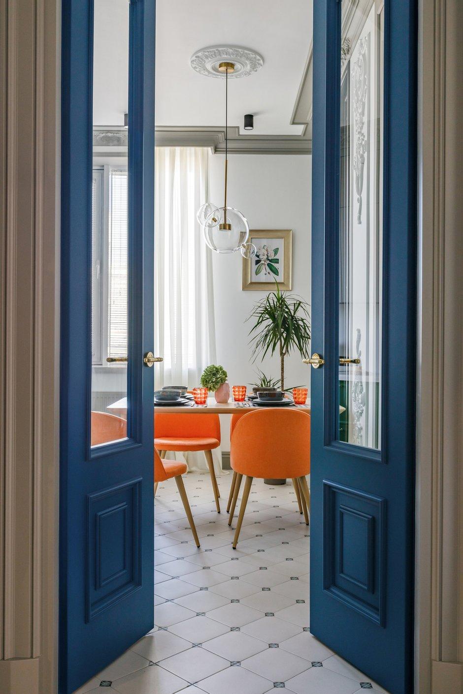 Фотография: Кухня и столовая в стиле Современный, Эклектика, Квартира, Проект недели, 3 комнаты, Более 90 метров, AK Studio, Нур-султан – фото на INMYROOM