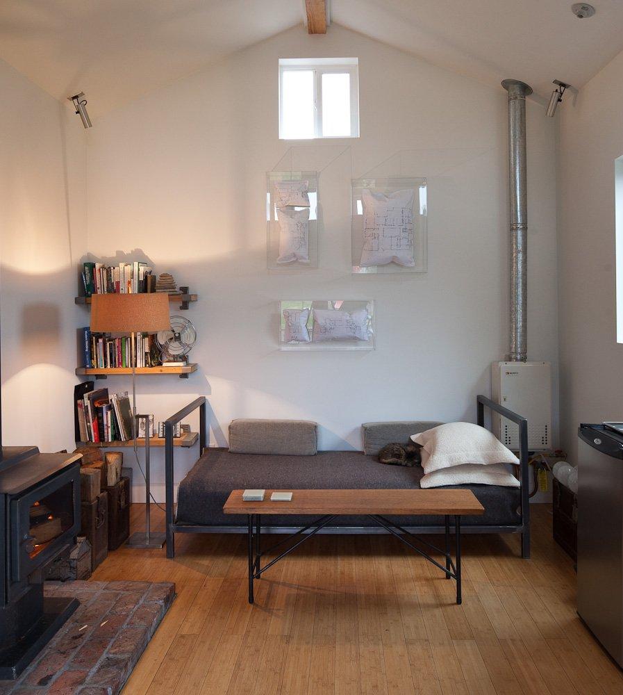 Фотография: Гостиная в стиле Лофт, DIY, Малогабаритная квартира, Квартира, Дом, Дома и квартиры – фото на INMYROOM