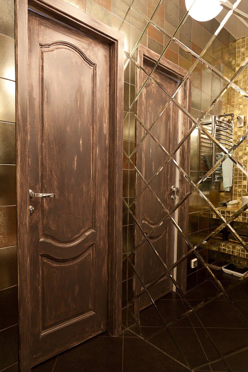 Фотография: Ванная в стиле , Лофт, Малогабаритная квартира, Квартира, Цвет в интерьере, Дома и квартиры, Стены – фото на INMYROOM