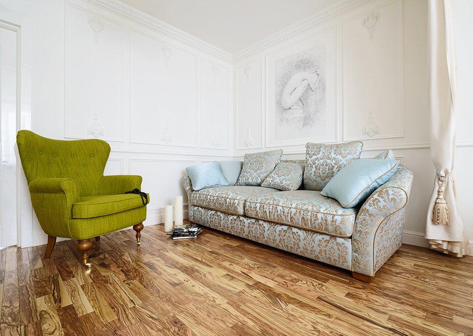 Фотография: Гостиная в стиле , Квартира, Цвет в интерьере, Дома и квартиры, Белый, Проект недели – фото на INMYROOM