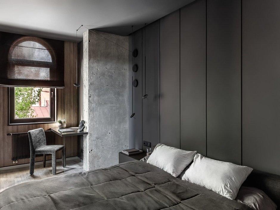 Фотография: Спальня в стиле Лофт, Кухня и столовая, Гостиная, Квартира, Черный, Серый, ПРЕМИЯ INMYROOM – фото на INMYROOM