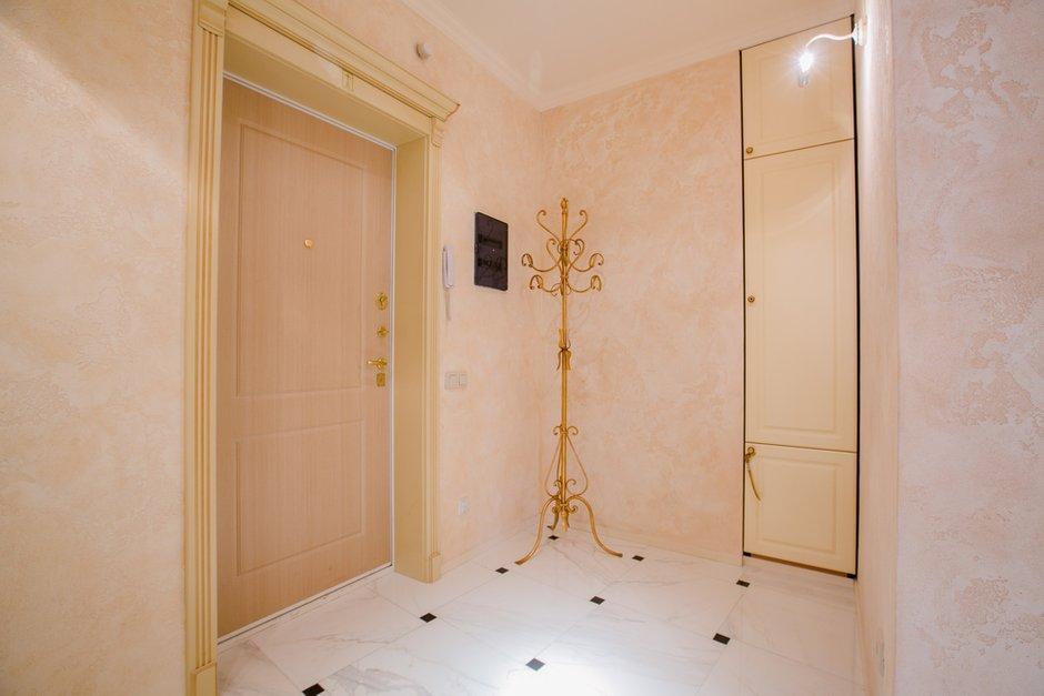 Фотография:  в стиле , Классический, Квартира, Россия, Проект недели, Санкт-Петербург, Мария Василенко, дизайн двухкомнатной квартиры в классическом стиле, интерьер двухкомнатной квартиры в новостройке, как сделать гардеробную в двушке – фото на INMYROOM