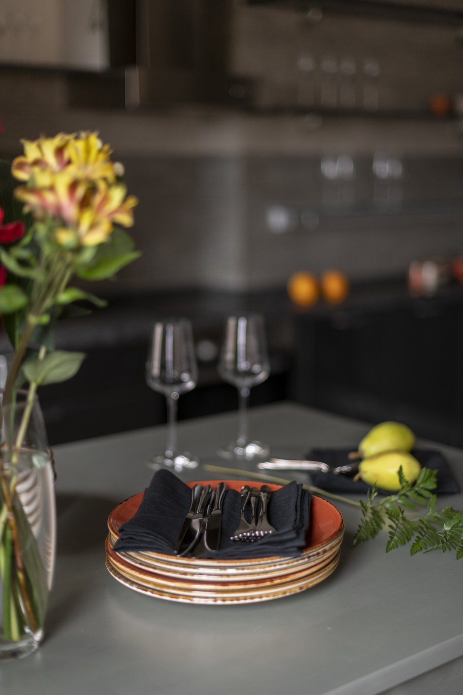 Фотография: Кухня и столовая в стиле Лофт, Современный, Квартира, Проект недели, Москва, Марина Саркисян, 2 комнаты, 40-60 метров – фото на INMYROOM